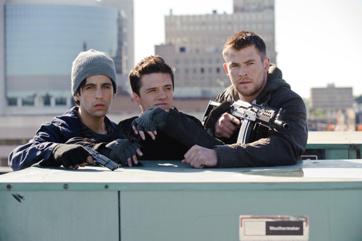 Reddawn_chrishemsworth_still1